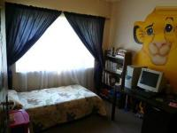 Bed Room 2 - 9 square meters of property in Karenpark