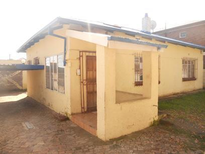 Standard Bank Repossessed 3 Bedroom House on online auction in Forest Hill - JHB - MR46455