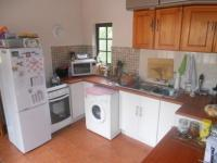 Kitchen - 35 square meters of property in Sunningdale Ridge