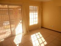 Lounges - 14 square meters of property in Riversdale