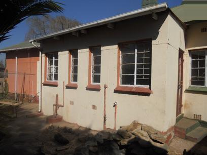 Standard Bank Repossessed 3 Bedroom House for Sale For Sale in Springs - MR46489