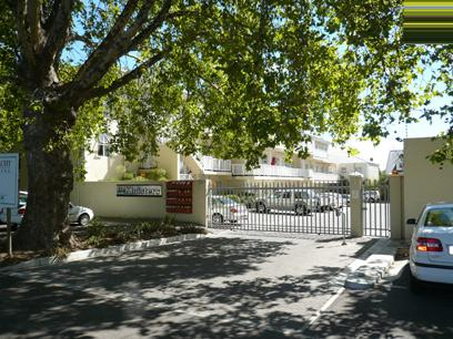 Standard Bank Repossessed 3 Bedroom Simplex for Sale For Sale in Stellenbosch - MR47440