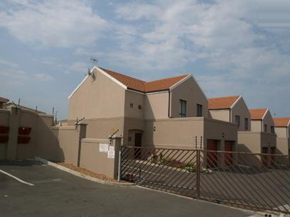 3 Bedroom Duplex for Sale and to Rent For Sale in Protea Village - Home Sell - MR47518
