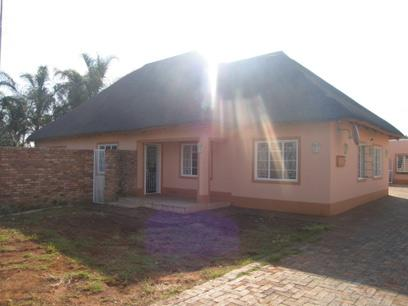 3 Bedroom House For Sale in Moregloed - Private Sale - MR48111