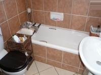 Main Bathroom - 6 square meters of property in Mooikloof Ridge