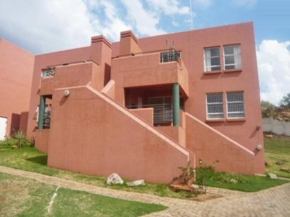 2 Bedroom Apartment for Sale For Sale in Krugersdorp - Private Sale - MR48280