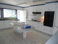 Kitchen - 32 square meters of property in Wendywood