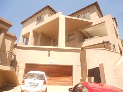 Standard Bank Repossessed 4 Bedroom House for Sale For Sale in Glenvista - MR48462