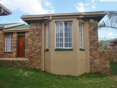2 Bedroom Simplex for Sale For Sale in Radiokop - Private Sale - MR49281