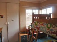 Bed Room 1 - 9 square meters of property in Radiokop