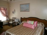 Main Bedroom - 17 square meters of property in Garsfontein