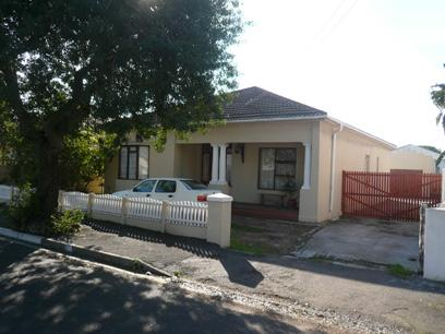 3 Bedroom House for Sale For Sale in Goodwood - Home Sell - MR49369