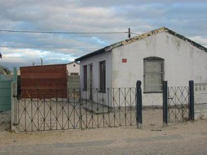 Standard Bank Repossessed 1 Bedroom House For Sale in Mitchells Plain - MR49447