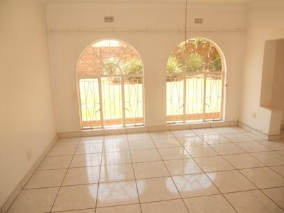 Standard Bank Repossessed 4 Bedroom House for Sale For Sale in Mulbarton - MR49462