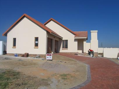 3 Bedroom House For Sale in Brookelands Lifestyle Estate - Home Sell - MR50115