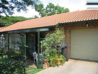 3 Bedroom Simplex for Sale For Sale in Die Wilgers - Home Sell - MR50168