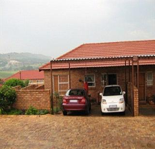 2 Bedroom Simplex to Rent in Wilgeheuwel  - Property to rent - MR50297