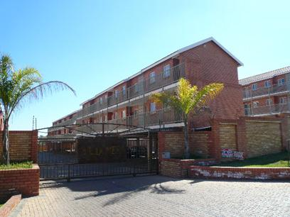 Standard Bank EasySell 1 Bedroom Simplex For Sale in The Reeds - MR50481