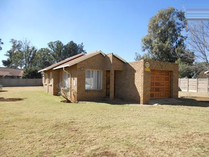 3 Bedroom House for Sale For Sale in Brakpan - Home Sell - MR50487