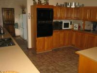 Kitchen - 26 square meters of property in Montana Park