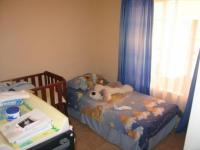 Bed Room 1 - 9 square meters of property in Elarduspark
