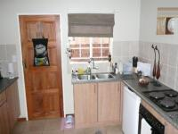 Kitchen - 10 square meters of property in Rooihuiskraal