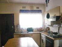 Kitchen - 15 square meters of property in Lindbergh Park