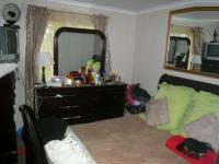 Bed Room 1 - 13 square meters of property in Pinelands