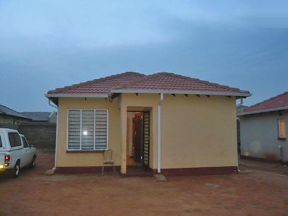 2 Bedroom House for Sale For Sale in Riverlea - JHB - Home Sell - MR51335