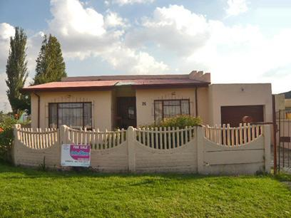 3 Bedroom House for Sale For Sale in Bosmont - Home Sell - MR51336