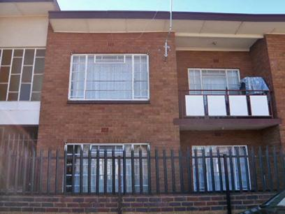 2 Bedroom Apartment for Sale For Sale in Krugersdorp - Private Sale - MR51361