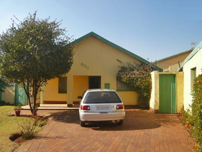 3 Bedroom House For Sale in Lenasia - Private Sale - MR51362