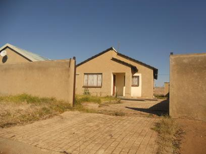 Standard Bank Repossessed 3 Bedroom House for Sale For Sale in Katlehong - MR51455