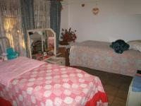 Bed Room 2 - 17 square meters of property in Danville
