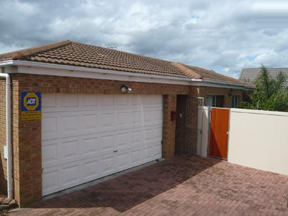 3 Bedroom House For Sale in Vredekloof Heights - Private Sale - MR52271