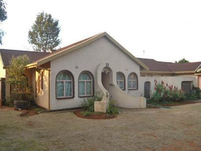 3 Bedroom House For Sale in Randfontein - Private Sale - MR52364