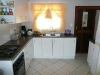 Kitchen - 8 square meters of property in Chantelle