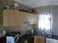 Kitchen - 6 square meters of property in Brackenfell