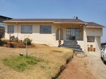 4 Bedroom House for Sale For Sale in Krugersdorp - Private Sale - MR53273