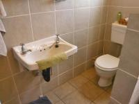 Main Bathroom - 3 square meters of property in Krugersdorp