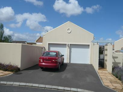 3 Bedroom House for Sale For Sale in Durbanville   - Home Sell - MR53277