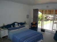 Main Bedroom - 17 square meters of property in Flamingo Vlei