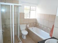 Main Bathroom of property in Theresapark