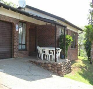 3 Bedroom House to Rent in Illovo Glen  - Property to rent - MR53361