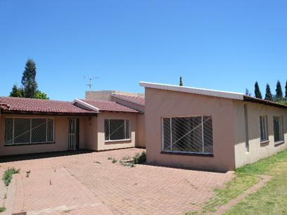 Standard Bank Repossessed 3 Bedroom House For Sale in Sunward park - MR53465
