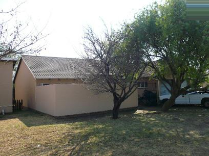 Standard Bank EasySell 3 Bedroom Simplex for Sale For Sale in Kempton Park - MR53517