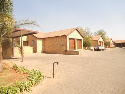 Standard Bank EasySell 3 Bedroom Simplex for Sale For Sale in Willowbrook - MR53519