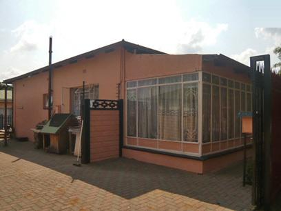 3 Bedroom House for Sale For Sale in Krugersdorp - Private Sale - MR54332