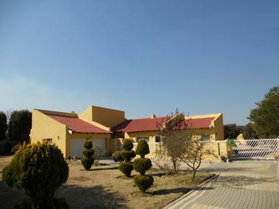 Standard Bank Repossessed 3 Bedroom House For Sale On