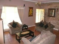 Lounges - 60 square meters of property in Sinoville